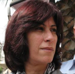 محكمة صهيونية تقرر الإفراج المشروط عن خالدة جرار