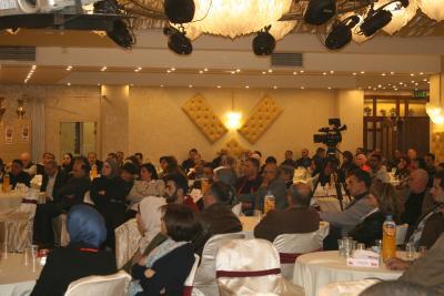 الشعبية في نابلس تنظم ندوة سياسية بعنوان القضية الفلسطينية إلى أين ؟ (57)