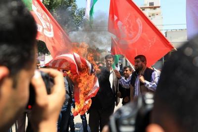 لجنة المتابعة للقوى بغزة تنظم وقفة تضامنية مع سورياً (15)