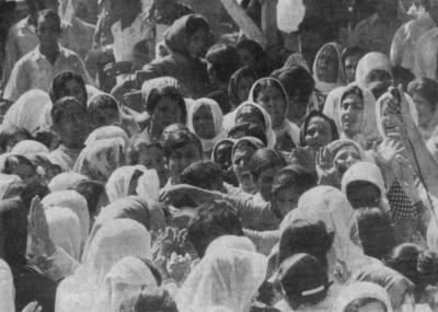 صور نادرة للشهيد القائد غسان كنفاني  (19)