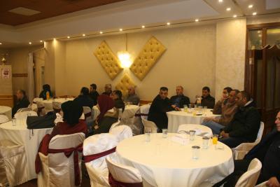 الشعبية في نابلس تنظم ندوة سياسية بعنوان القضية الفلسطينية إلى أين ؟ (45)